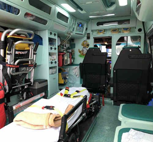 interno ambulanza grottaglie staff soccorso azzurra